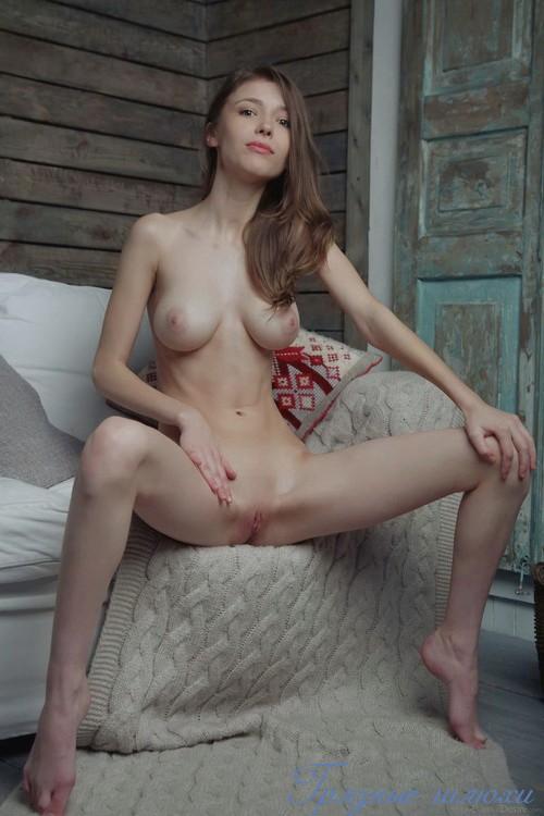 Праституткис большой грудью